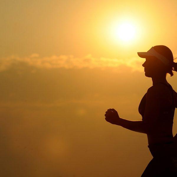 Jogging tutti i benefici dello sport