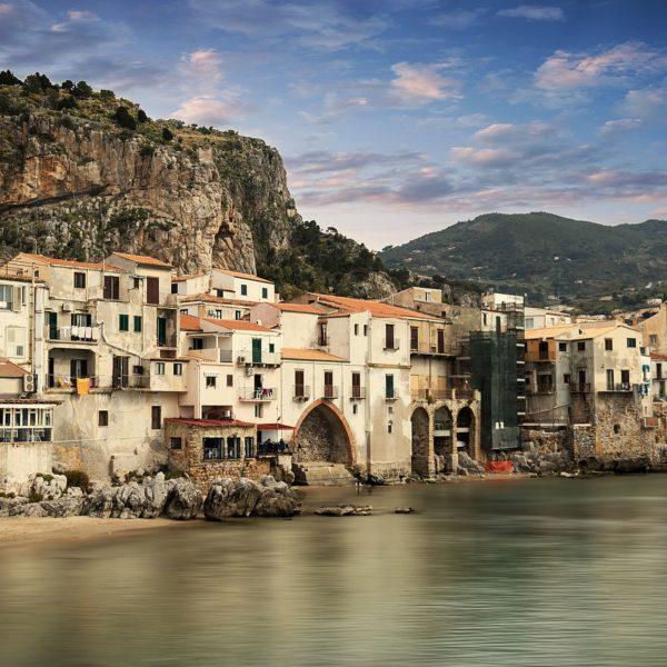 Alla scoperta di Cefalù città costiera siciliana e borgo più bello d'Italia
