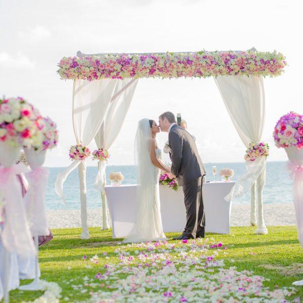 Come scegliere i colori del matrimonio