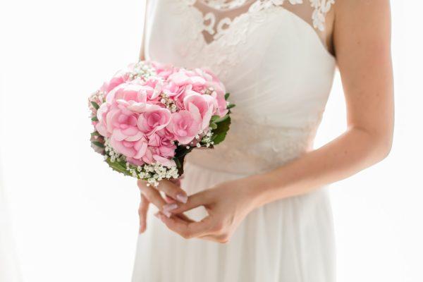 Mani da sposa: consigli utili per curarle